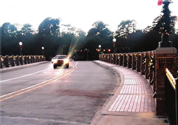 Citizens add sparkle to Bayou Pierre Bridge